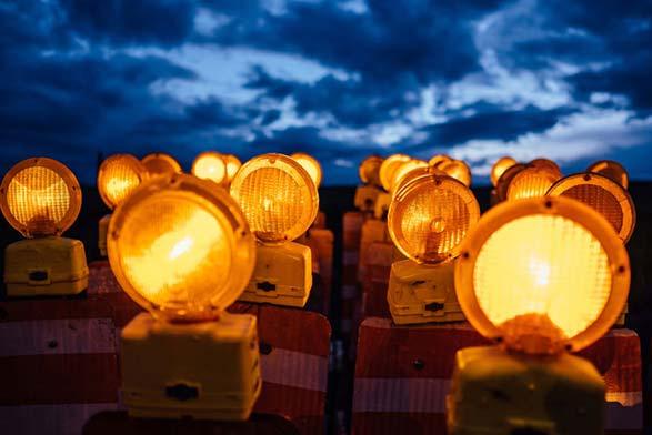 Luces de advertencia para barricadas en carretera